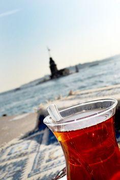İstanbul'da çaykeyfi Maidentower and the turkish tea