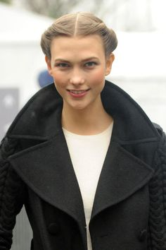 Karlie Kloss Twisted Bun - Karlie Kloss sported a romantic twisted updo during Mercedes-Benz Fashion Week.