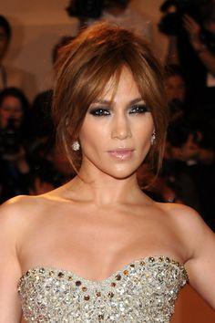 Jennifer Lopez Smoky Eyes - Jennifer Lopez Beauty - StyleBistro