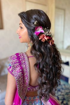 Isn't this bride's unique flower hairstyle giving us some major inspiration?   #Indianweddings #shaadisaga #indianbridalhairstyles #hairstyleswithflowers #intimatewedding #realflowers #uniquecolourlehenga #babybreaths #lowbun #orchids #exoticflowerhairstyle Unique Flowers, Types Of Flowers, Exotic Flowers, Real Flowers, Flowers In Hair, Indian Bridal Hairstyles, Wedding Hairstyles, Cool Hairstyles, Orchids