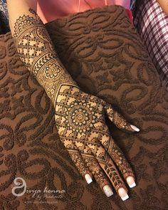70 Ideas For Punjabi Bridal Mehndi Designs - Wedding mehndi - Henna Designs Hand Henna Hand Designs, Mehndi Designs Finger, Wedding Henna Designs, Engagement Mehndi Designs, Legs Mehndi Design, Latest Bridal Mehndi Designs, Mehndi Designs Book, Mehndi Designs 2018, Mehndi Design Pictures