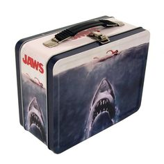 Buy Factory Entertainment Jaws Tin Tote Bag - Topvintagestyle.com ✓ FREE DELIVERY possible on eligible purchases