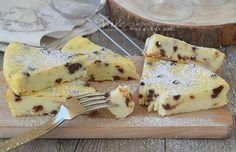 SCHIACCIATA DI RICOTTA DOLCE ricetta velocissima, facile e fresca, si mescola con una spatola ed è leggera e morbidissima