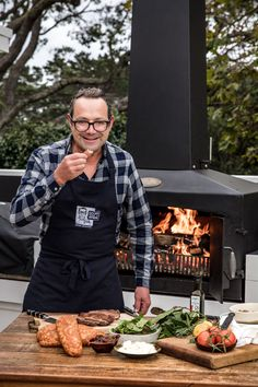 Learn how to grill, rotisserie, wood fire BBQ and more with our range of recipes developed specifically by Celebrity Chef Michael Van de Elzen for use on the Engel Fire. Char Grill, Bbq Grill, Barbecue, Wood Fired Oven, Wood Fired Pizza, Fire Pizza, Outdoor Fire, Grilling Recipes, Firewood