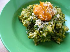 spinach pasta with butternut squash mac'n cheese by oh she glows!