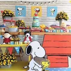 "1,446 Likes, 29 Comments - By @PriscyllaBrasileiro (@queridadata) on Instagram: ""#Snoopy . . #FestaSnoopy #QueridaData #BeijoTriplo #regram @lacodefestaslz"""