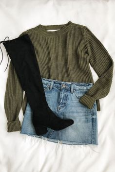 f936dce6bb2 8 Best Black Knee High Boots Outfit images