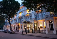 A Regency town house hotel close to South Kensington and Hyde Park, with a choice of rooms and suites