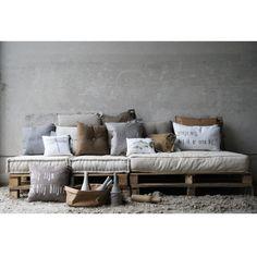 Matraskussens lounge by Kamer26