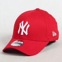 New Era - 39Thirty League Basic NY Cap Rouge Disponible sur Urban Locker.com