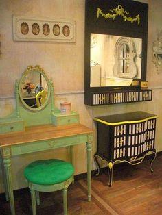 No me digáis que estos muebles no son una maravilla… Toda una fuente de inspiración para darle un nuevo aire a esa consola o esa silla que están pidiendo a gritos un cambio!! [] Some makeover inspiration… Aren't these pieces of furniture simply gorgeous? Diseño [] Design: Delphine Groult