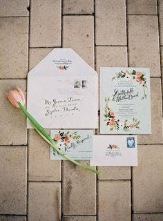 romantische Hochzeitseinladung, Blumen, hellblau