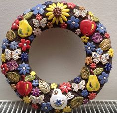 Diy And Crafts, Pottery, Bird Baths, Wreaths, Water Features, Decor, Red Flowers, Ceramica, Water Sources