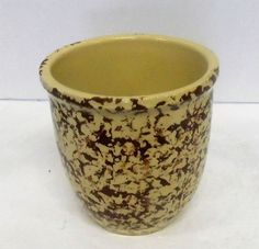 "R.O.P. Co. USA Pottery Speckled Vase - 5 1/2"" Tall"
