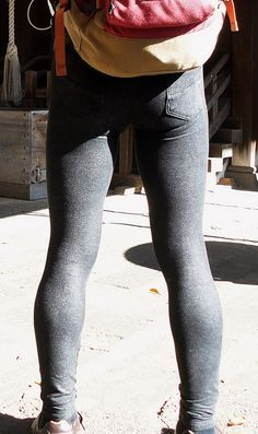 Skinny jeans and other tight legwear. Most pictures aren't mine, if you want a picture removed just contact me. Superenge Jeans, Boys Jeans, Skinny Guys, Super Skinny Jeans, Men In Tight Pants, Spray On Jeans, Mens Tights, Leggings, Sexy Men