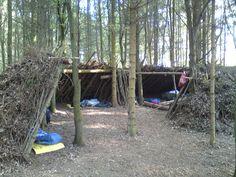 Woodcraft bushcraft - community lean-to shelter