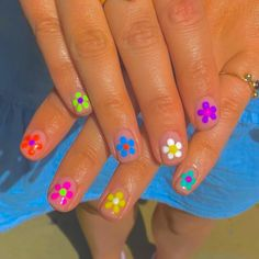 Minimalist Nails, Really Cute Nails, Pretty Nails, Nail Swag, Aycrlic Nails, Hair And Nails, Bling Nails, Hippie Nails, Hippie Nail Art