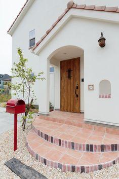 サークル型のポーチタイルが可愛い玄関 #玄関 #igstylehouse #アイジースタイルハウス