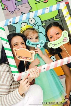 Photo booth de monstruos para fiestas infantiles