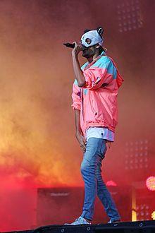 Cro (Rapper) – Wikipedia
