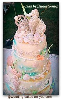 For many years I dreamed of making a seashell wedding cake. Then I got a call from a friend telling me she wants me to make her a beach themed cake. I