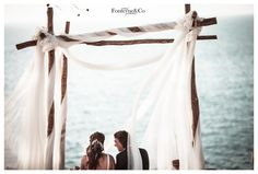 Pérgola de altar. Nuestras bodas en Mallorca. Our weddings in Majorca. http://momentsweddingblog.com/