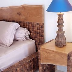 Details: A teak wood & coconut shell bedroom set - Harmony by Dsign .