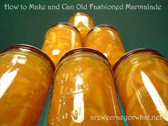 Step by step directions for making old fashioned orange marmalade.