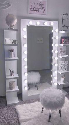 Cute Bedroom Decor, Bedroom Decor For Teen Girls, Room Design Bedroom, Girl Bedroom Designs, Teen Room Decor, Stylish Bedroom, Room Ideas Bedroom, Couch For Bedroom, Teen Bedroom Inspiration