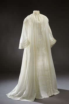Morning Dress of Louisa of Sweden: ca. 1850's, lace.