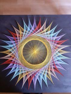 String Wall Art, Diy Wall Art, Nail String, String Art Tutorials, String Art Patterns, Thread Art, Thread Painting, Diy Yarn Decor, Arte Linear