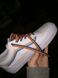 I really love these and I want a pair for me!! Vans Sneakers 3762b4ec8