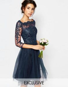 Chi Chi London - Robe mi-longue style Bardot avec jupe en tulle et dentelle de qualité supérieure
