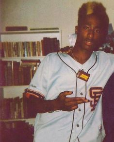 Tupac Pictures, 2pac Images, Hip Hop Girl, Tupac Makaveli, Hip Hop Classics, Hip Hop Party, Tupac Shakur, Hip Hop Artists, Hip Hop Rap