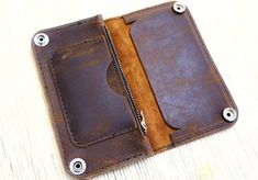 Biker/Trucker DIY leather wallet kit by LeatherLegion on Etsy Diy Leather Wallet Kit, Leather Wallet Pattern, Diy Wallet, Leather Diy Crafts, Leather Projects, Leather Craft, Leather Key, Leather Tooling, Leather Accessories