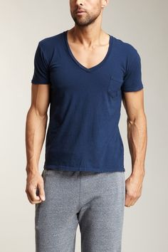 Deep V Pocket Tee - freaking hot on a lot of different body types, Take a pointer guys!