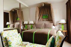 Decoração artística. Veja: http://www.casadevalentina.com.br/blog/detalhes/decoracao-artistica-3144 #decor #decoracao #interior #design #casa #home #house #idea #ideia #detalhes #details #style #estilo #casadevalentina #bedroom #quarto