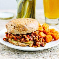Vegan Lentil Sloppy Joes - Making Thyme for Health One Pot Vegetarian, Vegetarian Recipes, Healthy Recipes, Lentil Recipes, Healthy Lunches, Lunch Recipes, Healthy Eats, Pasta Recipes, Quinoa Cake