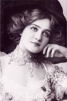 Lily Elsie. Most photographed woman of the Edwardian era, for very good reason.
