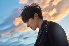 came out of left field this evening by dropping some handsome teaser images! The group is preparing to release their album, Sunrise, and to kick things off they released teaser images for YoungK, Jae, and Sungjin. Day6, Kpop, Park Sung Jin, Bob The Builder, Fandom, News Track, Korean Music, I Smile, Photo Cards