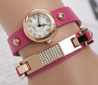 Nueva moda Casual 2015 amor de la joyería de lujo Ladies relojes Rhinestone de la cadena del oro mujeres reloj de cuarzo vestido