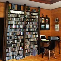 mamyuさんの、ステンシル,100均,男前,サインボード,CDラック,DIY,ディアウォール,リビング,のお部屋写真