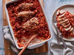 Weeknight cooking just got a whole lot easier. Take a family favorite protein and pop it in the oven for a low-maintenance meal that everyone will love. Best Baked Chicken Recipe, Chicken Recipes Food Network, Good Food, Yummy Food, Winner Winner Chicken Dinner, Stuffed Sweet Peppers, Cooking Recipes, Dump Recipes, Kitchen Recipes