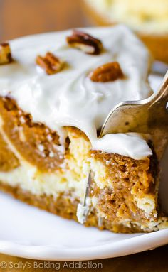 This two-in-one dessert combines pumpkin cake and cheesecake in one. Pumpkin cake cheesecake is a must-try for Thanksgiving dessert! Fall Desserts, Just Desserts, Delicious Desserts, Yummy Food, Pumpkin Recipes, Fall Recipes, Sweet Recipes, Holiday Recipes, Food Cakes