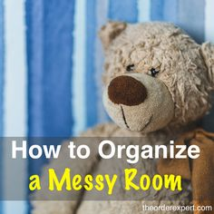 Need to tidy up a messy room? These practical tips will show you how to tidy up any room. Office Desk Organization, Clutter Organization, Organization Ideas, Organizing Tips, Storage Ideas, Getting Organized At Home, Getting Rid Of Clutter, Home Office, Ikea Office