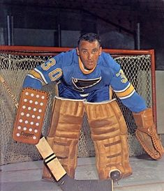 Jacques Plante - St. Louis Hockey Pads, Women's Hockey, Hockey World, Hockey Stuff, Hockey Pictures, Sports Pictures, Montreal Canadiens, Blues Nhl, Boston Bruins Hockey