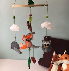 Make Your Own Woodland Animals Felt Mobile [ + FREE TEMPLATES!] - Create & Craft Blog Felt Templates, Applique Templates, Applique Patterns, Card Templates, Leaf Template, Flower Template, Crown Template, Felt Patterns, Stuffed Toys Patterns