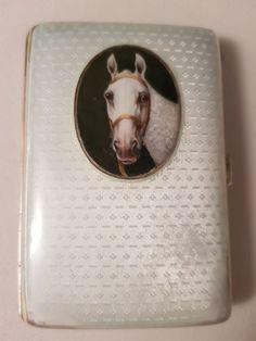 70f9601895a Online veilinghuis Catawiki: Geëmailleerde sigarettenkoker met paard - .835  zilver - Duitsland - 1900