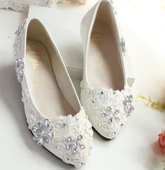 (33.18$)  Watch more here  - Rhinestones lace weddings shoes ivory bridal bridesmaid custom make different heels party shoe