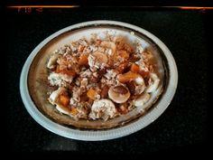 Healthy&Delicious Breakfast inspiration: oat flakes, grated apple, banana, hurmikaki, raisin-jumbo, almonds, agave sirup
